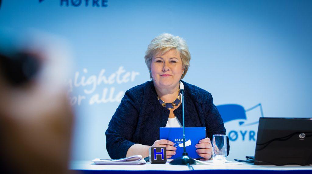 Portrettfotografi av statsminister Erna Solberg